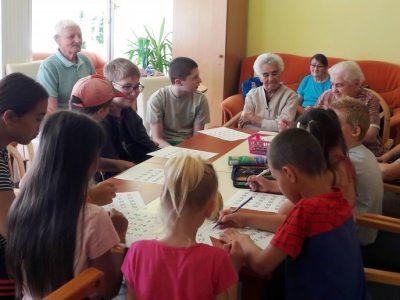 Mosolyvirág Napközis tábor – Generációs hídépítés